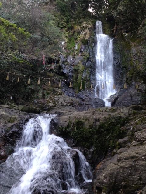 北九州「菅生の滝」の伝説。心霊スポットと言われる理由